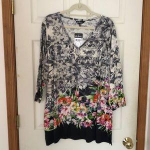 NWT plus sized, flowery tunic